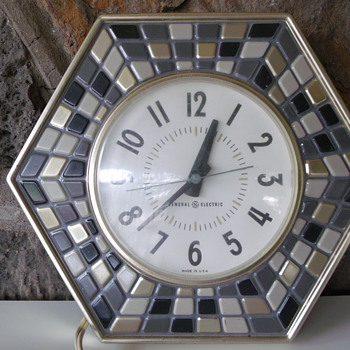 My vintage General Electric mosaic wall clock - Clocks