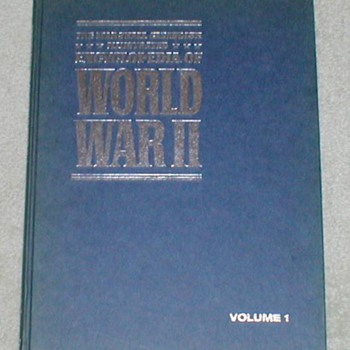 1972 World War II - Volume 1 - Books