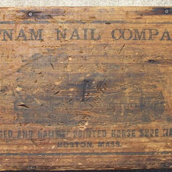 1800's Putnum Nail Company Wooden Box. - Tools and Hardware
