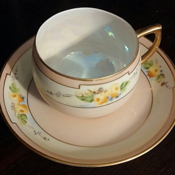 Need HELP identifying Japanese china maker and pattern  - China and Dinnerware