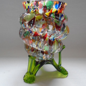 Kralik Shell Vase - Art Glass