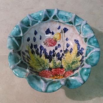 ITALIAN POTTERY BOWL - Pottery