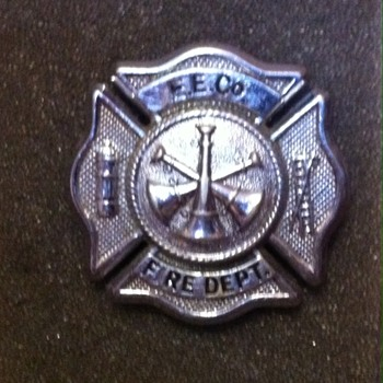 Industrial Fire Service cloissone pin - Medals Pins and Badges