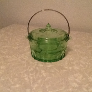 Depression Glass Dish Unknown - Glassware