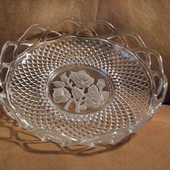 Glassware with carved frosted rose - Glassware