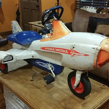 ORIGINAL MURRAY ATOMIC MISSLE PEDAL CAR PLANE