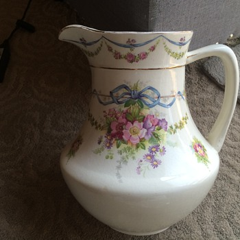 Beautiful water pitcher - Pottery