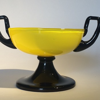 Czech Bohemian Yellow Tango 2 Handled Tazza