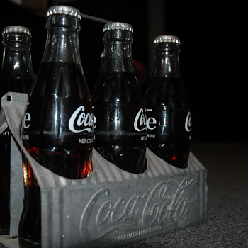 embossed 6 pack carrier - Coca-Cola