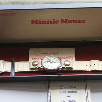 Bradley Minnie Mouse Watch