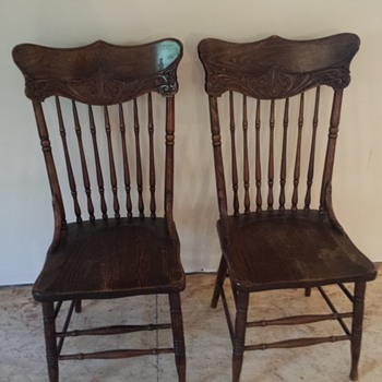Old family chairs - Furniture