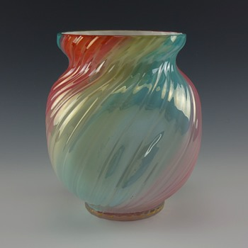 LOETZ RAINBOW VASE CIRCA 1890 - Art Glass