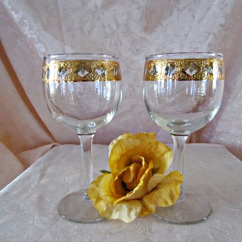 Culver Valencia Wine Glasses