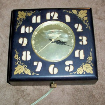 Telechron Wall Vintage Clock - Clocks