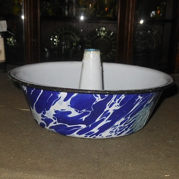 Granitware Blue White Funnel Cake Pan - Kitchen
