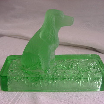 Green GLASS Paperweight DOG Cocker Spaniel  MYSTERY
