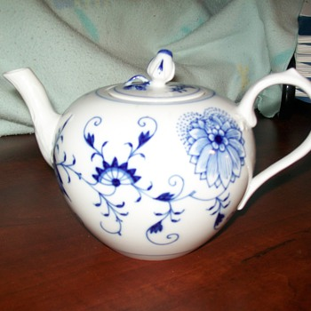 My beautiful teapot - China and Dinnerware