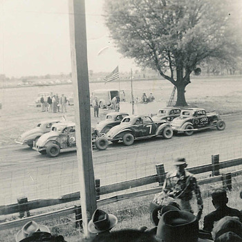 The Motor Speedway - Photographs