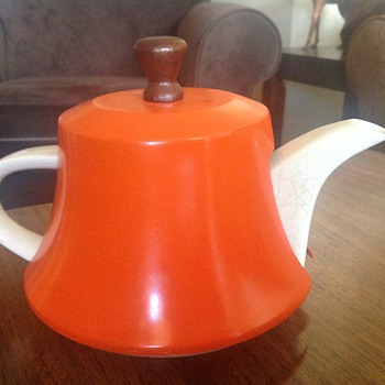 Vintage tea pot  - Kitchen