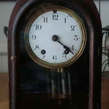 Seth Thomas Mantle Clock half hour chime - Clocks