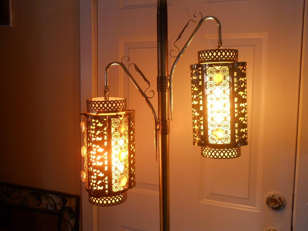 Unique Lantern Floor Lamp Retro Collectors Weekly
