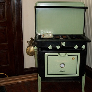 1920&#039;s Wehrle auto gas stove