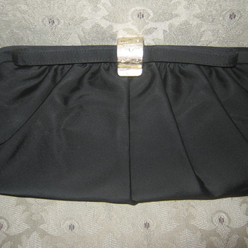 Vintage Garay Black Satin Clutch 50s or 60s - Bags