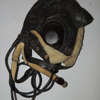 German Aviator Helmet with Chin Strap and Throat Microphone - Sieman&#039;s - Military and Wartime