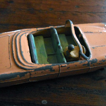 LESNEY MATCHBOX  39-1 FORD ZODIAC CONVERTIBLE