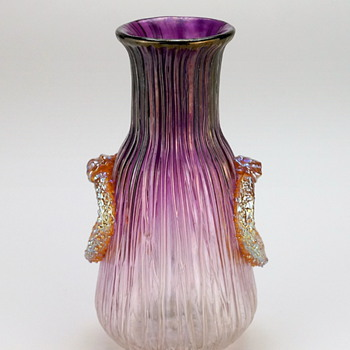Loetz Texas Empire in spreading pansy (color) circa 1906 - Art Glass