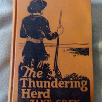 The Thundering Herd, Illustrated  - Books