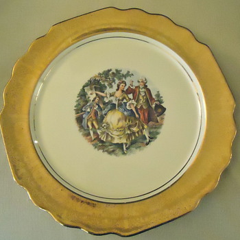 """Colonial Couple"" W. S. George Canarytone Lido Dinner Plate - China and Dinnerware"