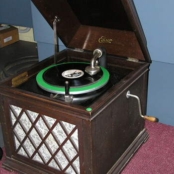 Thomas Edison B19 Chalet phonograph C 1919