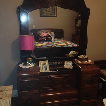 This was a 20.00 item my dad picked up for me an redid I just love it - Furniture