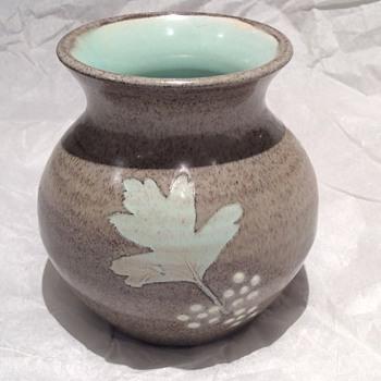 Stoneware ? Pot
