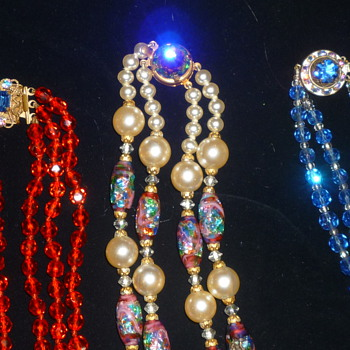 Vintage necklaces - Costume Jewelry