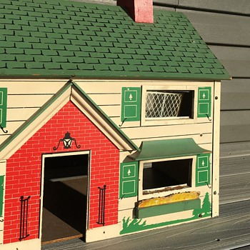 Looking For More Info on this Dollhouse - Dolls