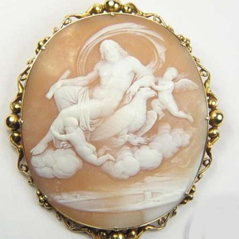 Rare cameo of Zeus with eagle and cherubs - Victorian Era