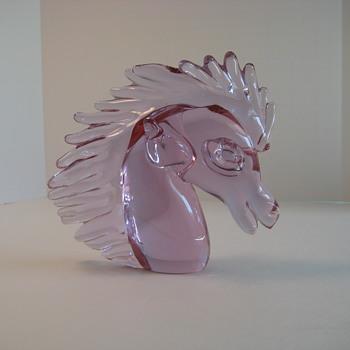 Alexandrite horse head - Art Glass