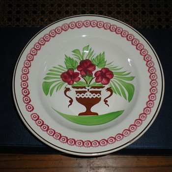 Opaque de sarreguemines faience plate from 1875 to 1900. - Art Pottery