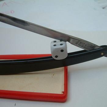 Vintage straight razor OhligsSolingen Robert Klaas straight razor 165 5/8