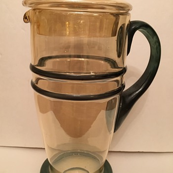 Depression Glass Lemonade Pitcher WHO MADE IT?