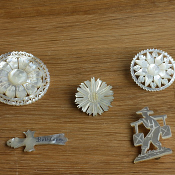 Mother of pearl pendant and brooches