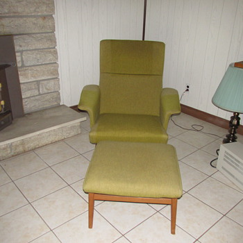 trying to identify this chair and ottoman