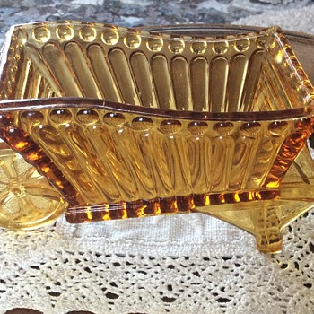 Amber Glass wheelbarrow - Glassware