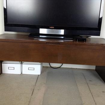 Mid century modern TV stand - Mid-Century Modern