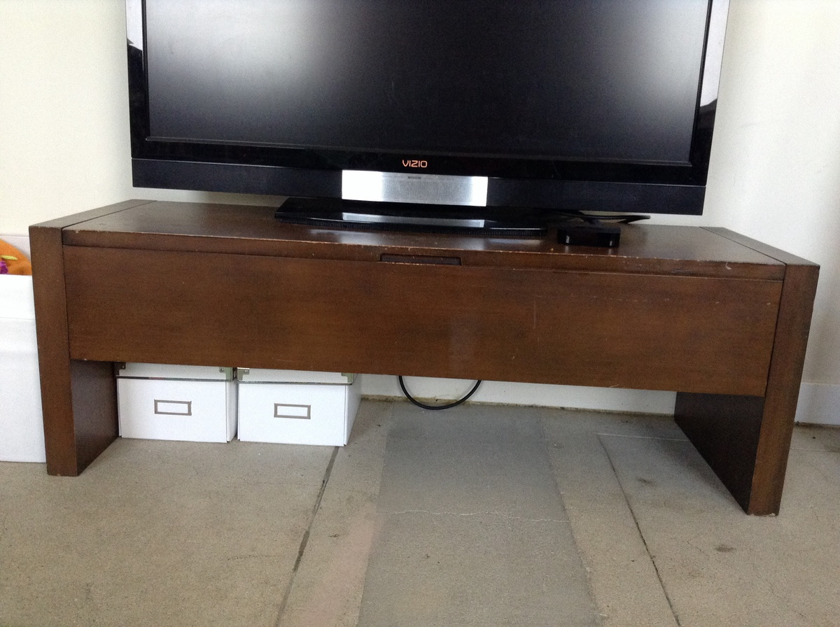 mid century modern tv stand collectors weekly. Black Bedroom Furniture Sets. Home Design Ideas