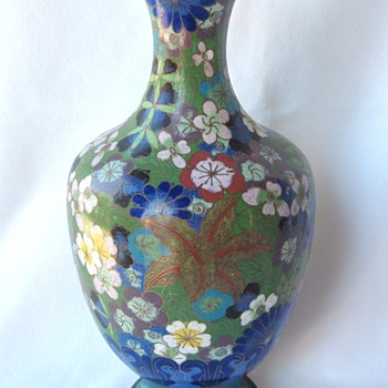 Antique Chinese Cloisonne Vase - Impressed mark CHINA