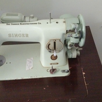 singer sewing machine passed down - Sewing