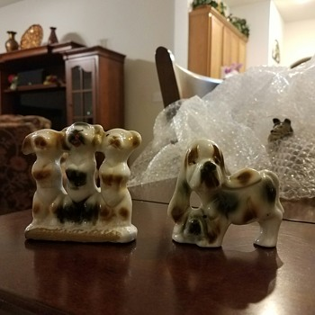 Group of Dogs!  3 are actually 1 figurine together plus a figurine of a Mom & her Pup - Animals